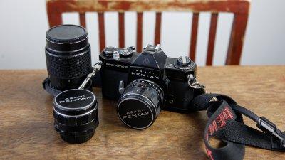 Mijneerste spiegelreflexcamera was een Pentax Spotmatic.