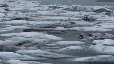 Jökulsárlón ijsschotsenmeer bij de Vatnajökull in Zuidwest-IJsland.