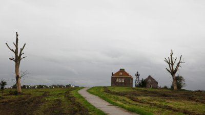 Vuurtoren op voormalig eiland Schokland in de Noord-Oostpolder in Flevoland.
